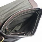Leatherman Unisex Genuine Leather Messenger bag 8637-inside